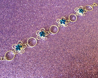 Daisy Bracelet Metal Flower Blue Crystal vibrant glass stone 7 inch Bracelet Ladies Jewellery Gifts for her