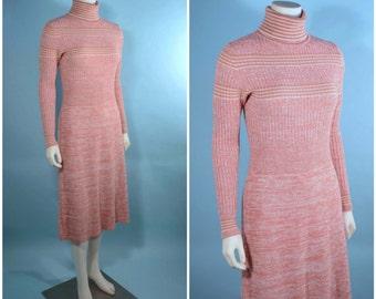 Vintage 70s Salmon Cream Knit Turtleneck Midi Dress/Preppy Mod Striped Sweater Dress/ Hipster Grunge Boho Knit Dress SZ S