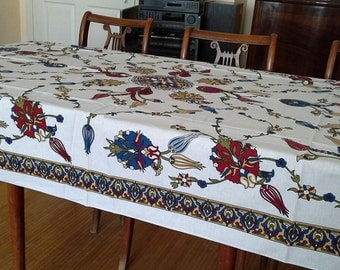 NEW - Tablecloth with classical Turkish motif -  SMALLER RECTANGLE