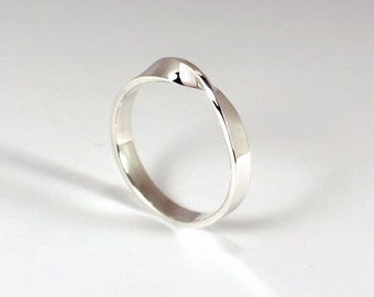 Sterling Silver Mobius Ring, 3mm Wide, Made to Order