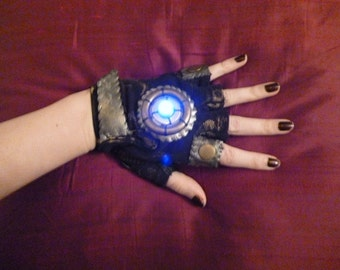 "WOMENS ""Blade Runner""- Moonhoar Monster Glove- Steampunk, Sci Fi, Mad Max, Comic Con, Burning Man, Dragon Con, Wasteland Weekend, Star Wars"