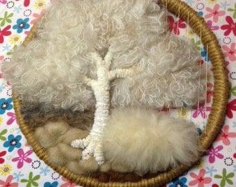 Wool roving tree wall hanging picture in hoop