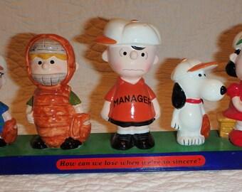 Peanuts Gang Baseball Figures