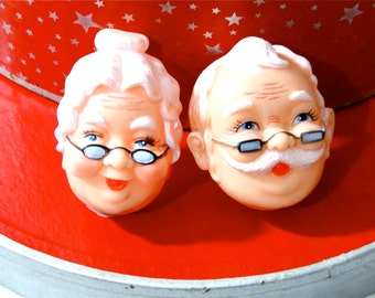 Doll Parts Supplies Mr & Mrs Santa Faces Masks / Pair of Two Doll Supplies / Plastic Vintage Art Crafts Party Decor NOS 1970s