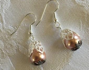 Mauve Pearl Earrings
