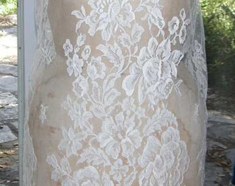 No. 500 Bridal or Evening French Solstiss Ivory Chantilly Lace Dress Shell (SIZE 8-10)