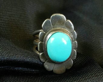 Vintage Silver 3-prong Band Turquoise Stone Fred Harvey Era Style Ring