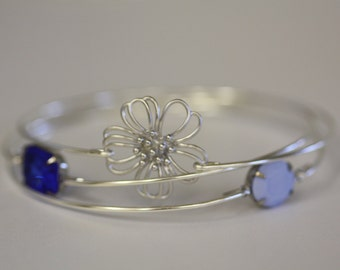 Daisy Blues Silver Bangle Set- Lilac Bangle- Purple Bangle-Flower Bloom Bangle-Navy Blue - Silver Jewelry- Bridesmaids Gifts-Wire Bangle