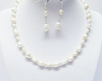 Natural White Fresh Water Pearl Choker Necklace & Earrings Set