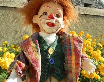 Musical automaton clown