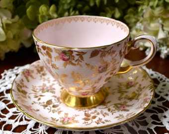 Tuscan Fine Bone China Tea Cup and Saucer, Pink Rose Buds and Gold, Gold Gilt, England
