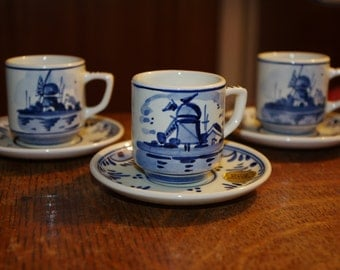 Set of three Delft Cups and saucers