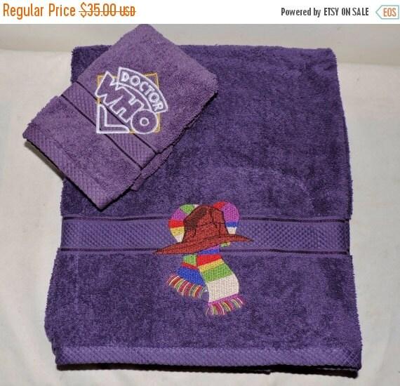on sale rts embroidered bath towel set by mysticalmooncreation. Black Bedroom Furniture Sets. Home Design Ideas