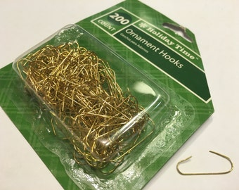 200 gold color wire ornament hooks, (BR32)
