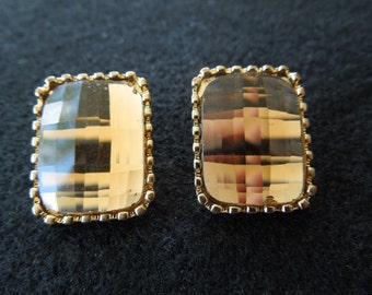 Vintage Clip Earrings, Gold Tone Rectangles with a Large Gold Color Rhinestone.
