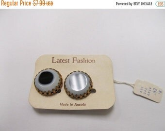 ON SALE Vintage Made In Austria Black and White Art Glass Earrings Item K # 267
