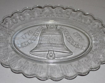Vintage Liberty Bell 200 Year Ago Glass Platter - Commemorative Bicentennial - 1776/1976 - Historical - Americana - Collectibles