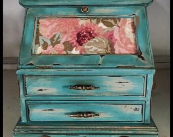 Jewelry Box, Upcycled Jewelry Box, Painted Jewelry Box, Farmhouse Jewelry Box, Shabby Chic Jewelry Box, Cottage Jewelry Box, Decoupaged Rose