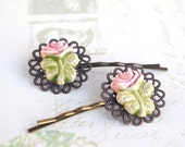 2 Rose hair accessory, Romantic hairstyle, Floral ceramic, Spring Garden, Cottage chic, Garden party