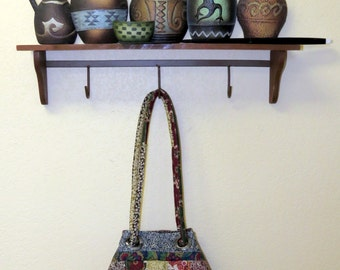 Quilted tote bag with inside pockets