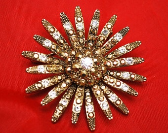 Gold Rhinestone Flower Brooch Mid Century Atomic Pin
