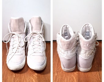Size 10 Size 42 Adidas Sneakers 1980s Men's Size 10 Adidas Running Shoes Gym Shoes 90s Women's Size 11 Adidas Hightop Sneakers Adidas Shoes