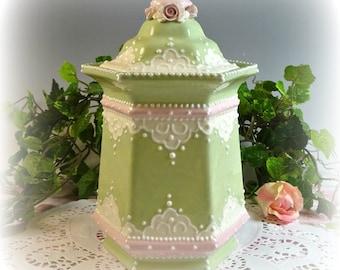 Delightful Lace Jar