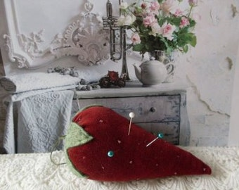 Vintage Velveteen Strawberry Pincushion PinKeep  Beaconhillcollect  We Ship Internationally