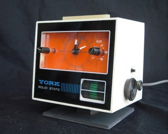 1960's York TC-110 mod clock radio