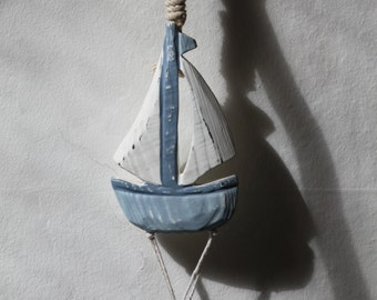 beach home decor wall hanger sea glass mobile sun catcher wind chime sail boat