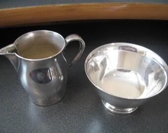 Vintage Wm Rogers Paul Revere Silverplate Cream and Sugar Set