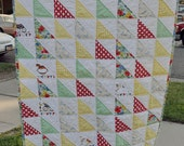 HST baby quilt from vintage fabrics