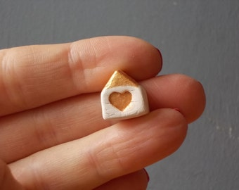 Mini HOUSE with Heart / I Love my HOME / Thankyou favor / Wedding Gift / Home Decor / Small House / Ceramic House / Tiny House / Love