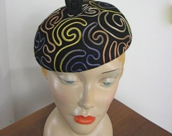 1950s Black Wool Hat with Ribbon Work....... Schiaparelli-esque!....... Size Small