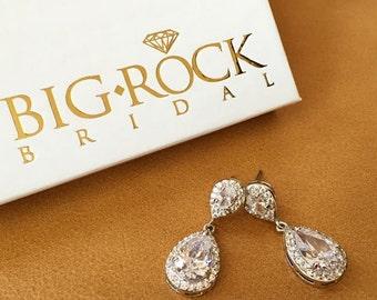 Rhinestone Earrings - Gold or Silver - Wedding Earrings - Bridesmaid Earrings - BRAND NEW
