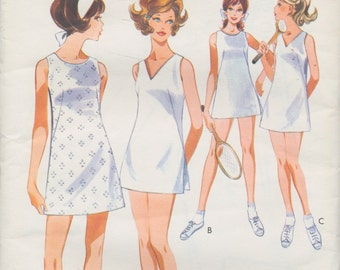 Ladies Sewing Pattern - 1960s Vintage Style - Ladies A line tennis dress and shorts - size 12