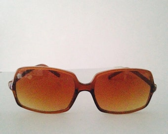 Squared brown sunglasses