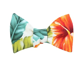 Tropical floral Bow Tie / Men's Bow Tie / bowties /Ties For Men /Gifts For him/spring ties/ wedding bow ties/ holiday gifts for men