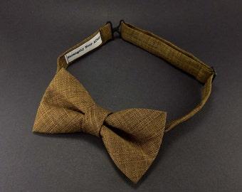 Rich caramel brown mens bow tie – pre tied adjustable – adult pretied bowtie– rustic wedding ties