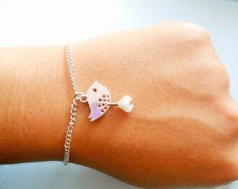 bird bracelet - silver bird bracelet -  bird pendant - bird charm bracelet - charm bracelet - bead bracelet - flower bracelet
