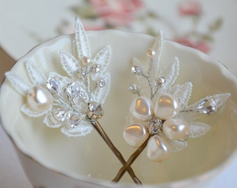 Bridal Hair Pins, Bridal floral hair pins, Ivory Lace Hair Pins, Wedding Pearl Hair Pins, Wedding Hair Accessory, Flower,Bridesmaid