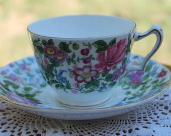 CROWN STAFFORDSHIRE Bone China Teacup and Saucer Set