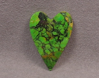 MOHAVE Green Dyed KINGMAN TURQUOISE Heart Shaped Cabochon