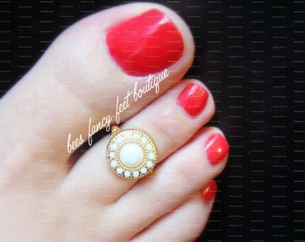 Toe Ring - Indian - Winter White - Gold  - Stretch Bead Toe Ring