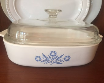 Corning Ware Casserole Dish with Pyrex Lid with Cornflower Blue Pattern - Extra Large - 2.5 Liter