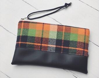 Plaid & Vegan Leather Wristlet/Plaid Purse/Gift for Her/Zipper Clutch/Bridesmaid Gift/Fall Clutch/Winter Bag