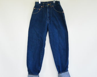 """Union Made Lee Rider High Waist Tapered Women's Jeans Early Lee Riders Pleated Waist Size Zero  25"""" Waist Long Like New Lazy """"S"""" Pockets"""