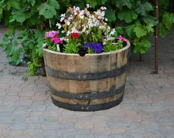 1/2  Planter Whiskey Barrel