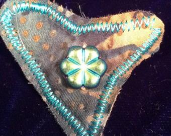Mini pin brooch