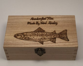 Fly Fishing Box with 8 free flys